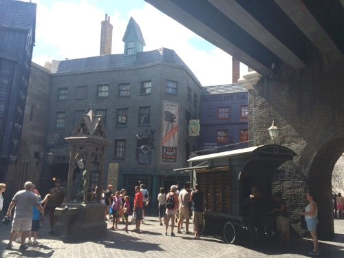 DiagonAlley5